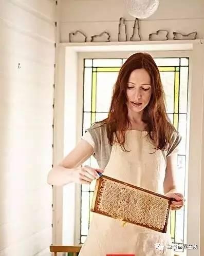 蜂蜜天麻 蜂蜜有助睡眠吗 蜂蜜+膏状 蜂蜜面膜祛斑 蜂蜜电商