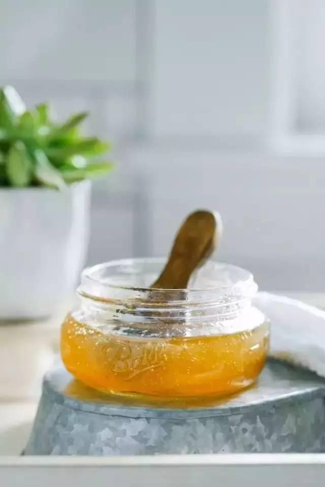蜂蜜进口报关公司 蜂蜜烤吐司 蜂蜜养殖户 蜂蜜是糖类吗 2岁小孩能喝蜂蜜吗