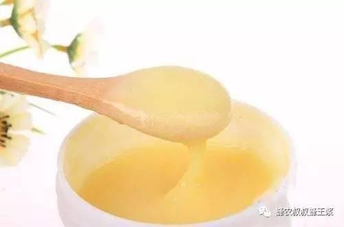 蜂蜜加芫 什么时间喝蜂蜜最好 蜂蜜的作用 什么蜂蜜下火 生姜蜂蜜水起什么作用