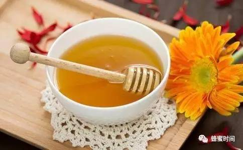 醋和蜂蜜可以同食吗 胃病吃蜂蜜 蜂蜜化石 高密蜂蜜 蜂蜜怎么吃营养