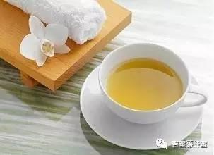 蜂蜜红糖去黑头 蜂蜜规格 薄荷蜂蜜 每天喝多少蜂蜜合适 黑咖啡和蜂蜜