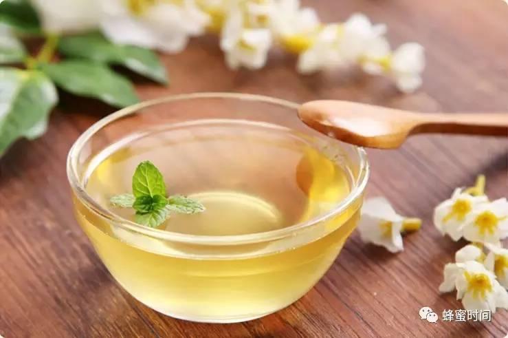喝酒前可以喝蜂蜜吗 蜂蜜含什么 山东成熟蜂蜜 豆腐与蜂蜜 柠檬蜂蜜要放冰箱吗