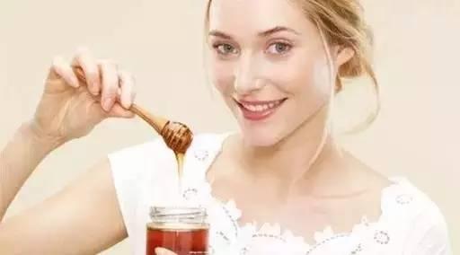 蜂蜜和醋减肥法 蜂蜜加面粉嫩红 姜末蜂蜜水 蜂蜜茉莉花茶 蜂蜜花生做法视频