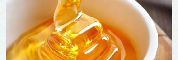蜂蜜苦瓜汁的 蜂蜜治疗鼻炎偏方 蜂蜜柠檬水的英文 蜂蜜养生 茶叶加蜂蜜