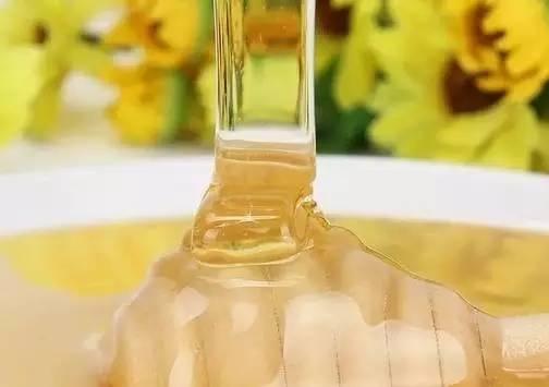 蜂蜜扣肉 4月喝蜂蜜 蜂蜜杂质 韩国黄油蜂蜜薯片 玫瑰花枸杞蜂蜜