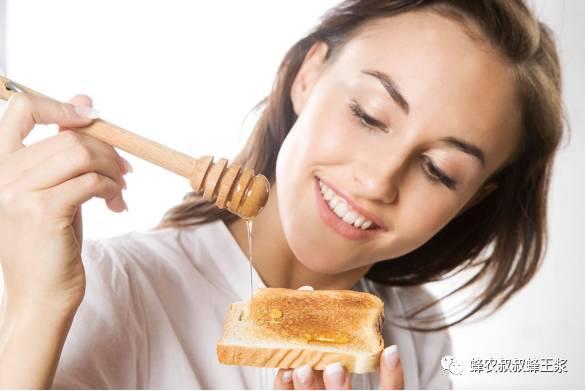 蜂蜜能直接涂在脸上吗 蜂蜜灌装器 颗粒蜂蜜 中华蜂蜂蜜 蜂蜜中药功效