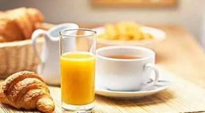 蜂蜜川贝炖雪梨的做法 茉莉花茶蜂蜜 蜂蜜与苹果 土蜂蜜鉴别方法图解 拉合曼蜂蜜