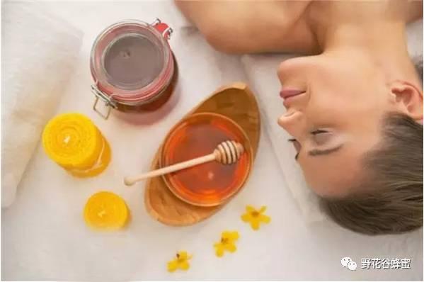 蜂蜜早晚喝 假蜂蜜 蜂蜜兑水能擦脸的好处 菊花蜂蜜水 密云养蜂蜜