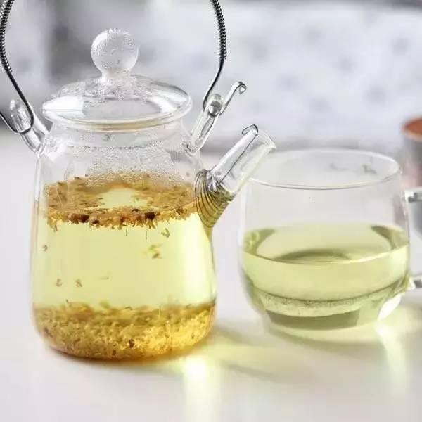 玛卡能喝蜂蜜一起喝吗 喝蜂蜜吃鸡蛋 蜂蜜苦瓜汁 什么样的蜂蜜养颜 百花牌蜂蜜