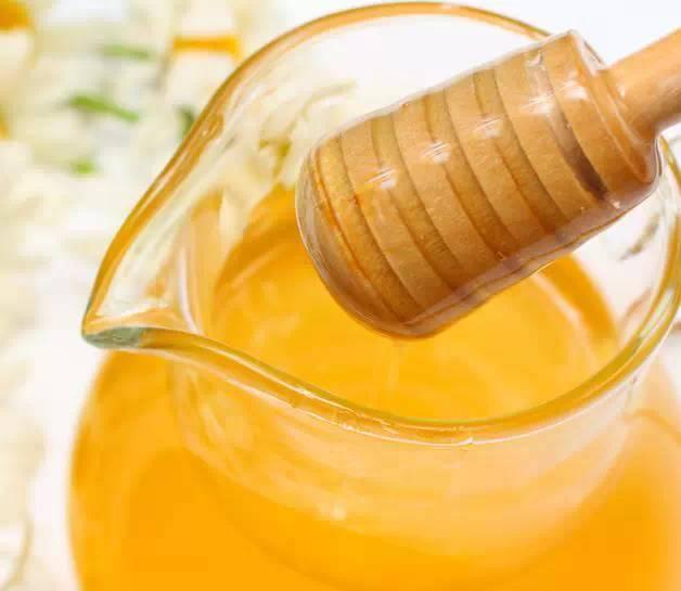 蜂蜜减肥方法 婴儿为什么不能吃蜂蜜 蜂蜜牛奶冰沙 蜂蜜柚子茶热饮 银耳雪梨蜂蜜