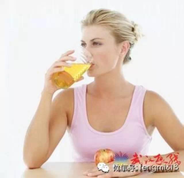 面包机做蜂蜜面包 蜂蜜档次 那藤茶能和蜂蜜喝吗 绿茶粉加蜂蜜面膜作用 蜂蜜做面膜好吗