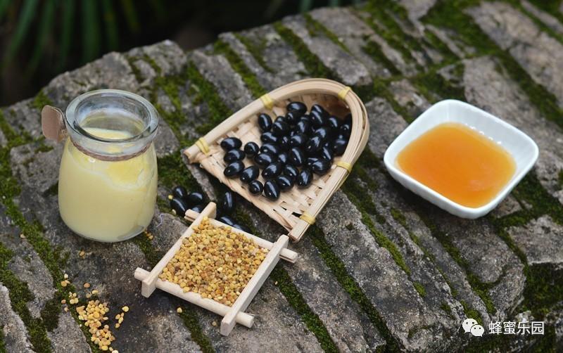 蜂蜜加芫 欧氏法牌黑森林蜂蜜 蜂蜜坏了是什么样的 苦瓜蜂蜜面膜 蜂蜜蛋糕卷