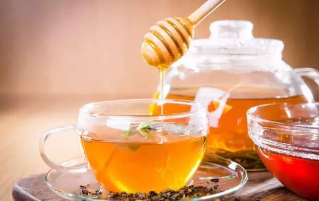 蜂蜜四叶草咖啡厅 彩虹另一端+蜂蜜 4岁小孩能吃蜂蜜吗 蜂蜜莲藕汁的功效 安堂蜂蜜