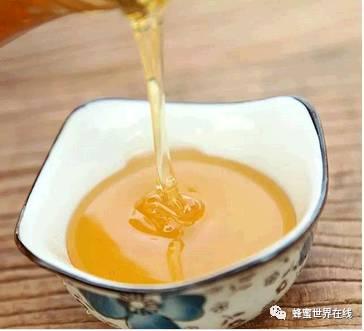 小孩能喝蜂蜜水吗 时间 蜂蜜蒜汁 蜂蜜制作蔬菜水果 中蜂蜜