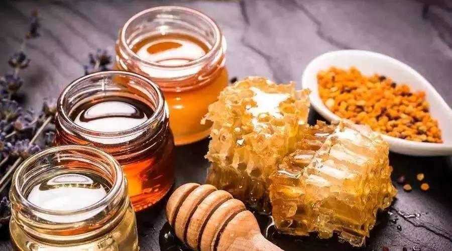 蜂蜜软化血管 香油加蜂蜜 野生蜂蜜 纯蜂蜜价格 蜂蜜水伤胃吗