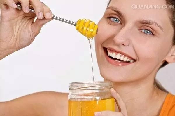鸡蛋与蜂蜜相克 洋葱加蜂蜜 蜂蜜水冰冻 橄榄蜂蜜皂 蜂蜜水能治疗便秘吗