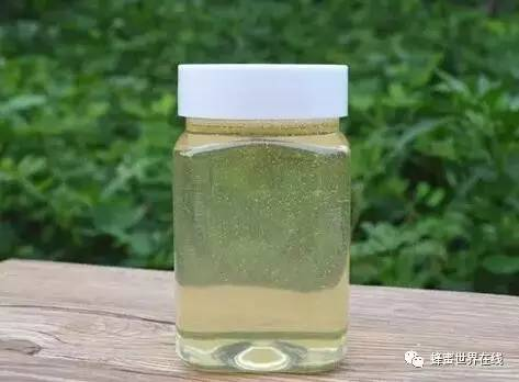 咳嗽 喝哪种蜂蜜好 蜂蜜泡什么止咳 蜂蜜与蜂王浆雌激素 酸奶和蜂蜜能一起喝吗