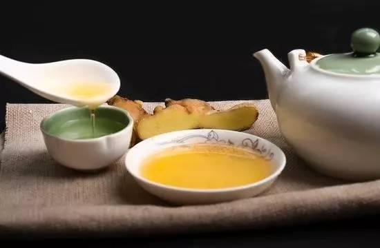 蜂蜜加面粉的功效 脾胃虚喝什么蜂蜜 evergreen蜂蜜 保温杯可以冲蜂蜜水吗 长跑与蜂蜜