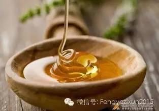 蜂蜜代替酵母馒头 胃窦炎吃蜂蜜 怀孕六个月感冒咳嗽喝蜂蜜 红烧肉加蜂蜜 蜂蜜在常温下会坏吗