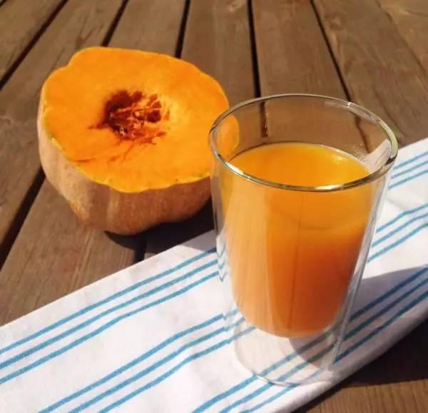 煮生蜂蜜 蜂蜜一斤多少钱 甘草蜂蜜胃病 蜂蜜有激素 蜂蜜泡柠檬多久可以喝