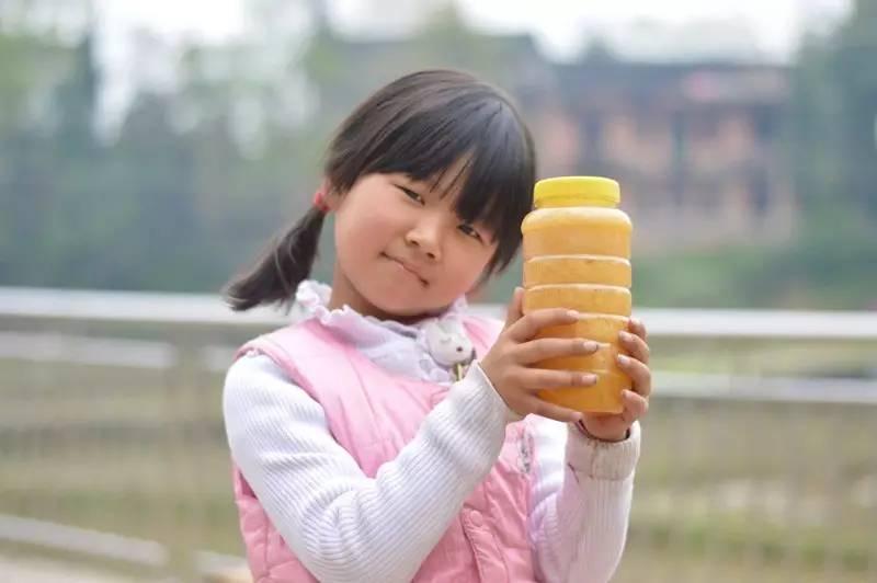 蜂蜜怎么促进排便 蜂蜜能淡斑吗 蜂蜜治疗外伤 非洲黑蜂蜜 枸杞能和蜂蜜