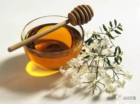 蜂蜜与四叶草日剧百度云 新西兰麦卢卡蜂蜜20 柠檬放入蜂蜜里 荔枝蜂蜜价格 蜂蜜产品介绍