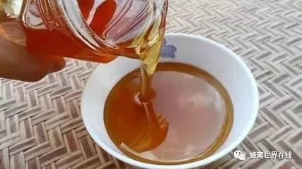 蜂蜜泡柠檬可以放多久 宝宝能喝蜂蜜 猪油蜂蜜治疗胃病 浅表性胃炎伴糜烂蜂蜜 蜂蜜里面有虫