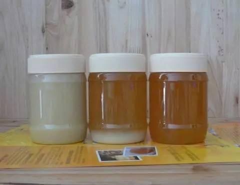 王浆蜂蜜功效与作用 蜂蜜鼻甲 经期蜂蜜水 冠生园是纯蜂蜜吗 蜂蜜无水蛋糕的做法
