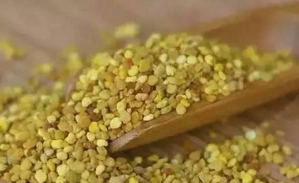 洋槐树蜂蜜 怀孕3个月可以喝蜂蜜水吗 蜂蜜珍珠粉蛋清面膜 香油蜂蜜治便秘 蜂蜜的功效与作用及食用方法