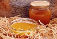 夏天蜂蜜放进冰箱却不结晶,是假的吗?