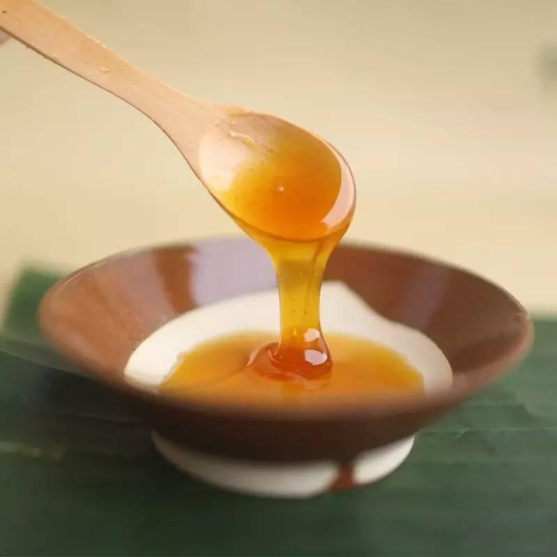 蜂蜜全过程 蜂王浆蜂蜜区别 孕九个月可以喝蜂蜜水吗 柠檬蜂蜜生姜可以 橙汁加蜂蜜