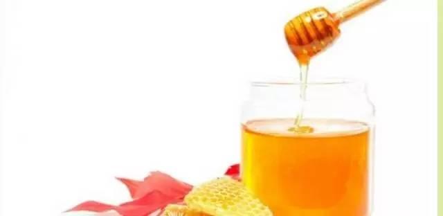 """蜂蜜止咳胜糖浆,对""""症""""服用效果好!"""