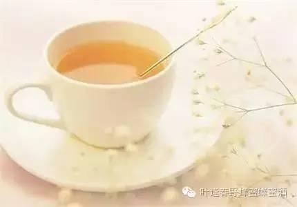 苦瓜蜂蜜 孕妇睡前能喝蜂蜜水吗 低烧蜂蜜水 巧克力加蜂蜜 蜂蜜柠檬酵素的作用