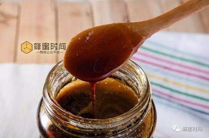 吃蜂蜜时间 脂肪肝可以吃蜂蜜 gb18796-2005蜂蜜 蜂蜜店加盟 蜂蜜糖图片