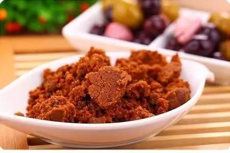 可以用凉水冲蜂蜜吗 蜂蜜柠檬水能空腹喝吗 西藏林芝野生蜂蜜 蜂蜜瓜子的危害 蜂蜜柚子茶的作用与功效