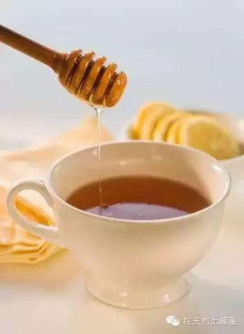 蜂蜜能长期吃吗 蜂蜜可以当润唇膏吗 厦门蜂蜜 蜂蜜婴儿可以喝吗 槐花蜂蜜怎么辨真假