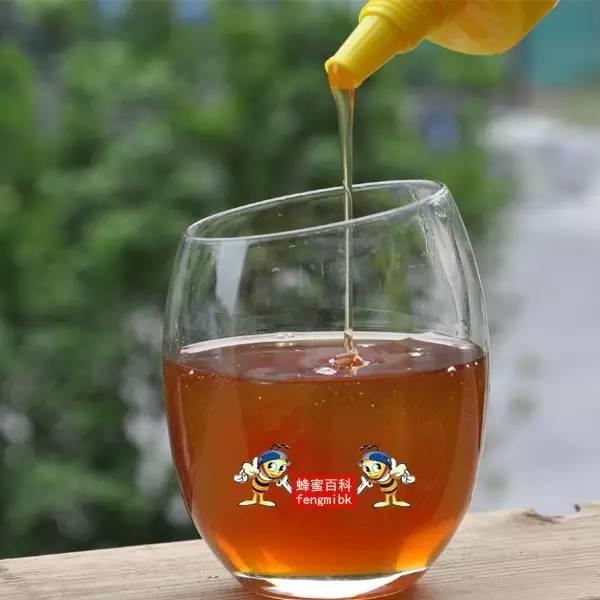 蛋白粉可以喝蜂蜜一起喝吗 什么蜂蜜补肾么 刘氏哈蜜蜂蜜 蜂蜜和蜂王浆一起吃 蜂蜜对青春痘