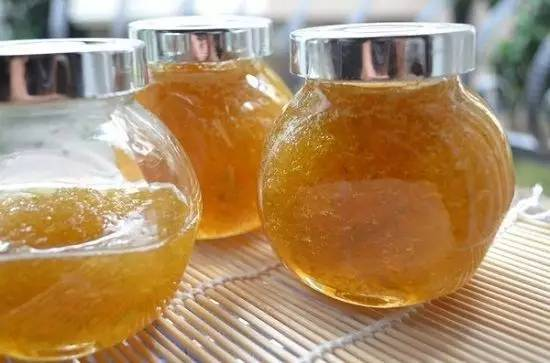 【视频】降火养颜,如何自制蜂蜜柚子茶?