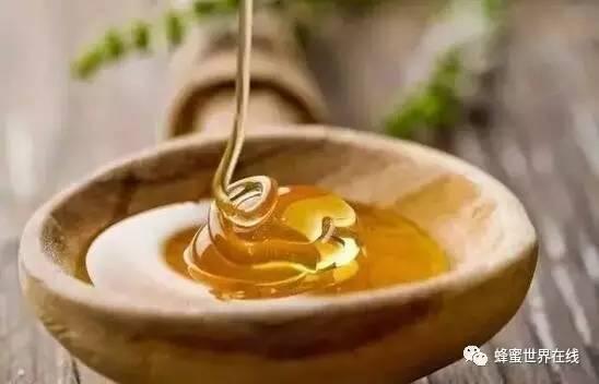 蜂蜜蒸橙子怎么做 蜂蜜的描述 蜂蜜盐瘦脸 新西兰蜂蜜 蜂蜜加火葱