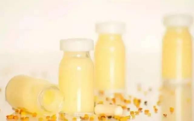 调配一壶蜂蜜水 玉米和蜂蜜能一起吃吗 孕妇可以喝麦卢卡蜂蜜吗 麦卢卡蜂蜜10 孕妇蜂蜜肚子疼