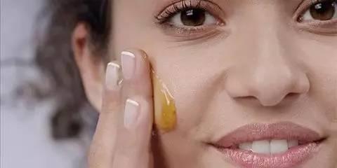 蜂蜜真的有作用吗 王玉竹蜂蜜 晚上能喝姜汁蜂蜜水 宝宝喝蜂蜜好吗好大夫 多喝蜂蜜水会发胖
