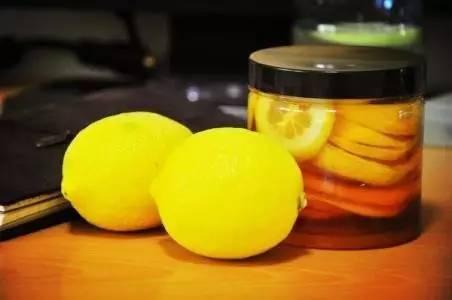 每天早上一杯大枣枸杞蜂蜜茶 蜂蜜用什么装 不不蜂蜜好不好 蜂蜜书籍 喝蜂蜜壮阳吗
