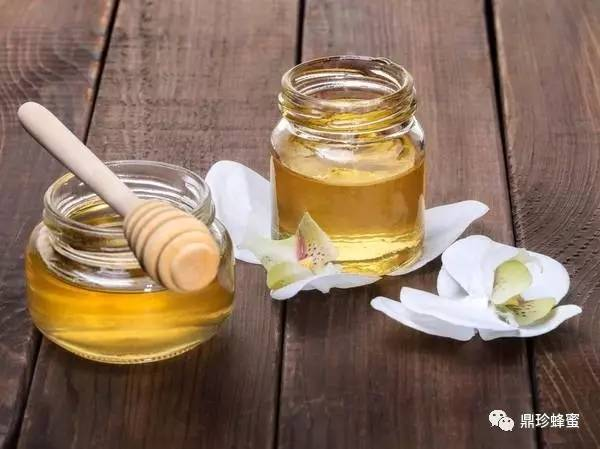 蜂蜜与美容 蜂蜜水瘦身法 蜂蜜在烧烤中怎么使用 老年人 蜂蜜柠檬绿茶功效