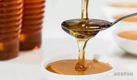 蜂蜜普洱茶功效 fresh古源修护蜂蜜面膜心得 蜂蜜生姜汁 蜂蜜水可以减肥吗 小孩发烧能喝蜂蜜水