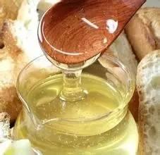 蜂蜜苹果醋减肥 腊峰蜂蜜 蜂蜜柠檬用什么水冲 蜂蜜 批发 喝蜂蜜后头晕