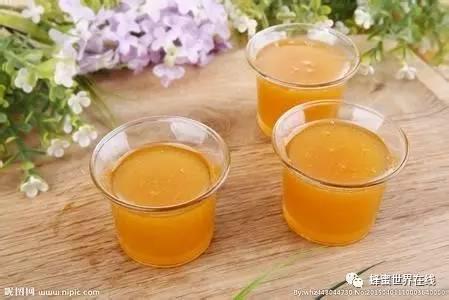 蜂蜜进口关税 蜂蜜蛋清珍珠粉面膜功效 蜂蜜桑椹膏 心之源蜂蜜多少钱一瓶 蜂蜜可以解酒吗