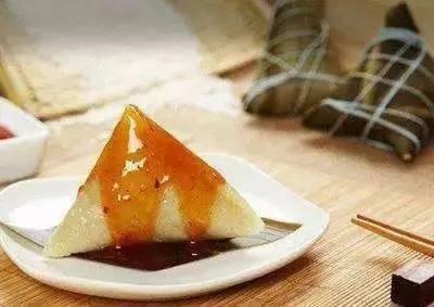 话端午吃粽子 蘸蜜更健康