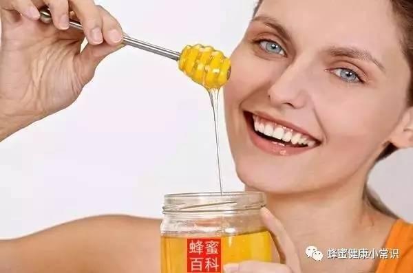洋槐蜂蜜结晶 蛋白粉可以加蜂蜜吗 洋葱加蜂蜜 哑巴吃蜂蜜歇后语 金蜂蜜