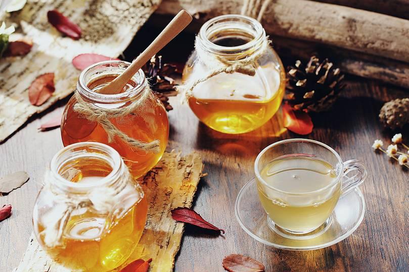 益母草蜂蜜会结晶吗 深圳康维他蜂蜜专卖店 月经期可以吃蜂蜜吗 阿胶蜂蜜膏的做法 喉咙不舒服喝蜂蜜水