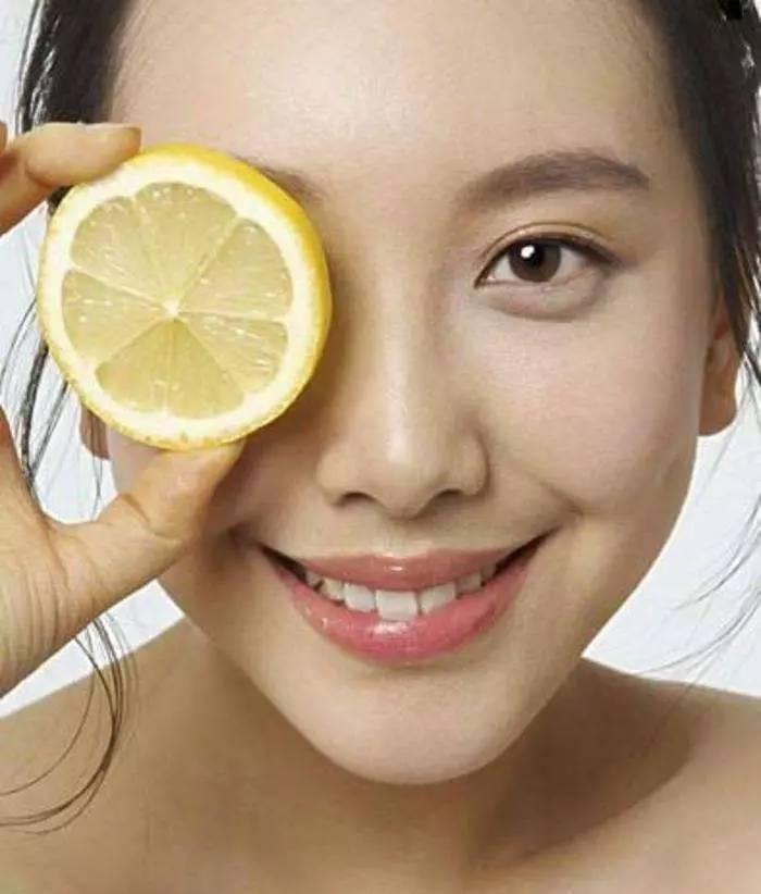 创意蜂蜜的广告词 柠檬蜂蜜茶的好处 女人吃什么蜂蜜好 红酒蜂蜜 蜂蜜漱口水用法
